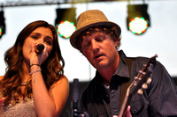 Hanna Peeples with Mark Bryan, Hootie and the Blowfish lead guitarist